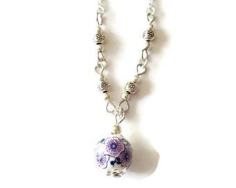 Purple flowers necklace with ceramic and silver beads