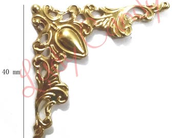 4 corners scalloped and carved for Protection and finish #310112 Cartonnage projects