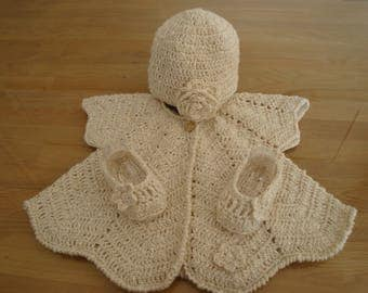Ecru baby Poncho set, BRA linen booties and hat crochet, cotton and linen, birth gift