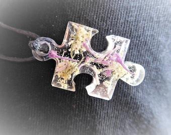 Puzzle pendant necklace