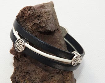 Bracelet leather Celtic motif 3 cords