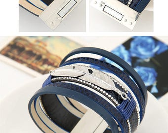 Beautiful Cuff Bracelet feather blue magnetic clasp