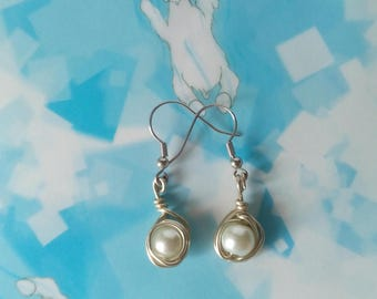 handmade earrings with Pearl and silver/wire earrings