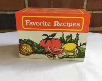 Favorite Recipes VintageTin Recipe Box made by Ohio Art Company