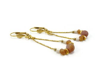 Gold plated sleeper rust cracked agate earrings