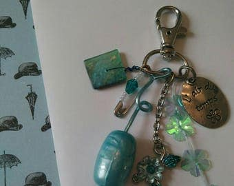 Keyring / bag charm blue with Pearl