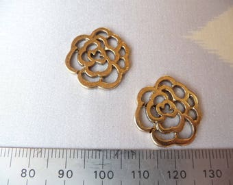 Set of 2 thick golden color flowers