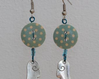 Wing - bead and button earrings