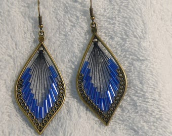 earring print leaf and blue seed beads