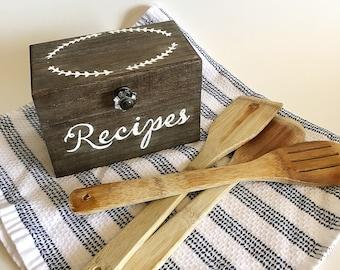 Recipe Box- Vintage- Rustic   Optional Recipe Cards