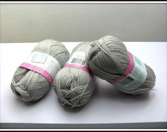 Balls of grey 100% acrylic yarn