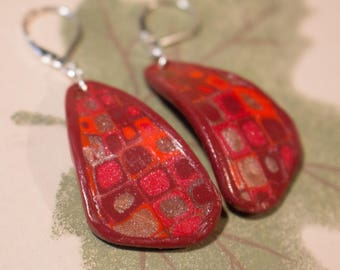 Polymer clay mosaic, gradient red earrings