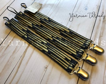 Black and Gold Pacifier clip