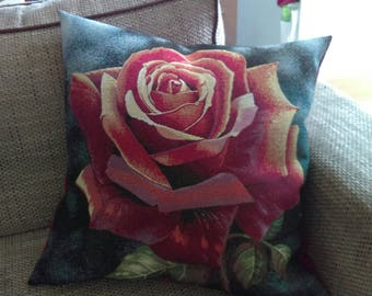 Pink Cushion cover pattern with closure