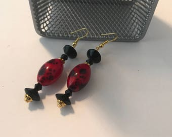 Handmade Handcrafted Glass Bead Earrings Asian Inspired Red and Black
