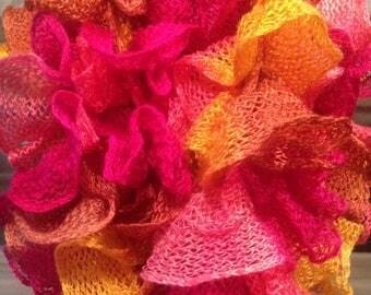 Very pretty scarf in bright colors