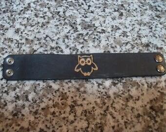 """OWL"" black leather bracelet"