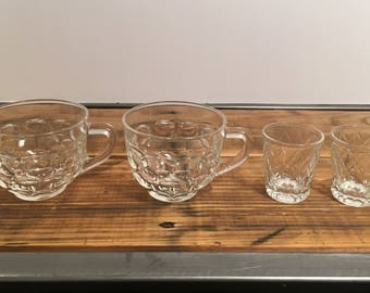 Vintage Federal Glassware 2 shot glasses and 2 punch glasses