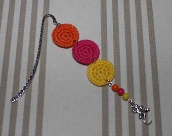 Bookmark crochet cotton orange, fuchsia, yellow and silver metal lizard charms