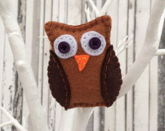 Oswald the Owl Brooch