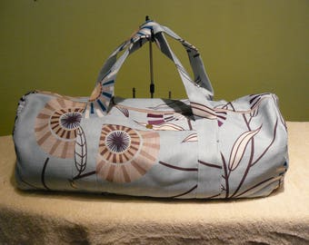round pattern and ramage blue canvas duffel bag