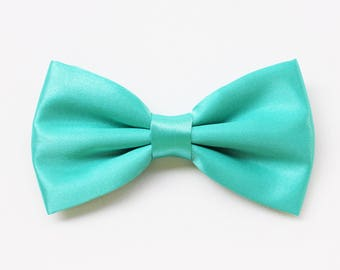 Tiffany Green bow tie for men in satin
