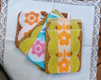 4 washcloth mitt bath mitt Vintage French Toiletry Gloves Flowers Ecology French Lifestyle