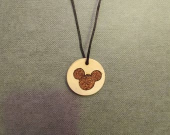 Disney/Mickey mouse necklace