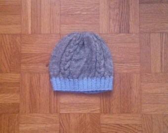 knit newborn grey and blue hat, handmade (I can make it in other sizes and/or color)
