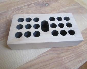 Storage for e-cigarette, e-liquids and waxed Maple atomizers