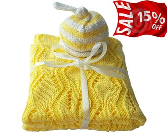 Hand Knit Baby Blanket with FREE hat