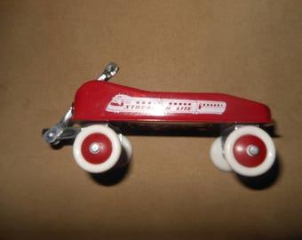 Radio Flyer - Streak-O-Lite - Miniature Red Wagon
