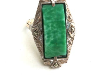 Antique Art Deco Czech 9ct Yellow Gold on Sterling Silver Green Peking Glass & Marcasite Stone Ring Size J
