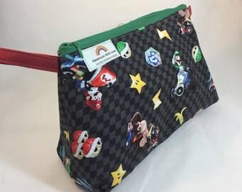 Mario Kart large zipper pouch