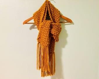Knit Scarf (Gold)