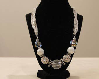 White & Silver Beaded Necklace