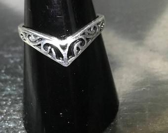 Retro Bohemian V-Shaped Celtic Designed Silver Ring