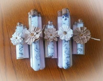Large bath salt trio; includes lemongrass, lavender and pink Himalayan sea salt. Made with 100% essential oils. Great gift set. Therapeutic