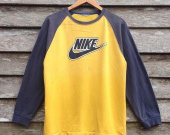 Vintage Sweatshirt Nike Big Logo Nike swoosh spotswear Pullover nice design