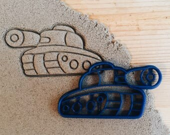 Tank Couple Cookie Cutter