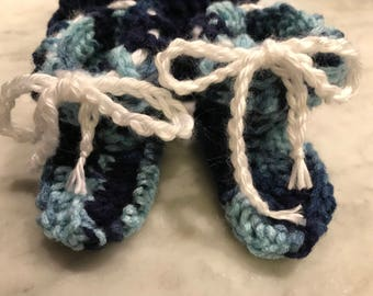 0-3 month Baby hat and booties