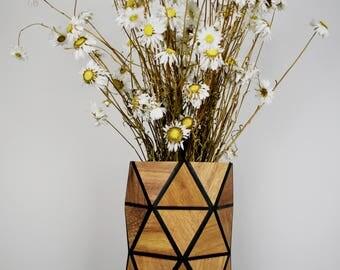 Karooz Wooden Vase