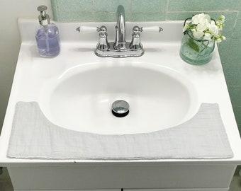 Misty Cliffs Reversible Towel, Bathroom Towel, Guest Towel, Bathroom Accessories, Cotton Towel, Washcloth, Light Grey Towel