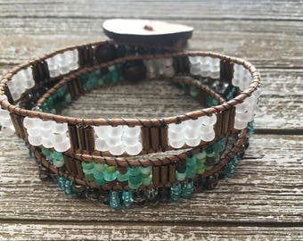 Triple stack bohemian Bracelet with coconut button