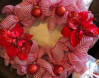 Candy cane color wreath