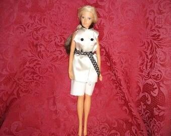 Vintage 1976 Mattel Barbie