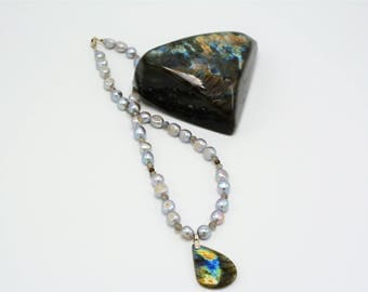 Cultured Fresh Water Baroque Pearls and Labradorite Pendant Necklace