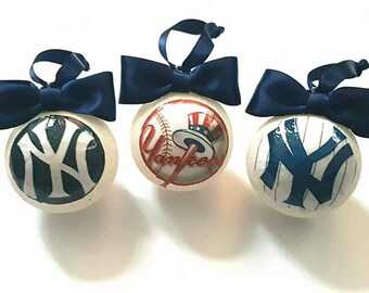 New York Yankees Christmas Tree Baubles/Decorations - set of 3