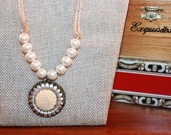 Bohemian hemp and pearl necklace