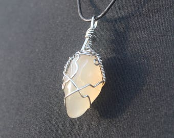 Crystal wire wrap pendant
